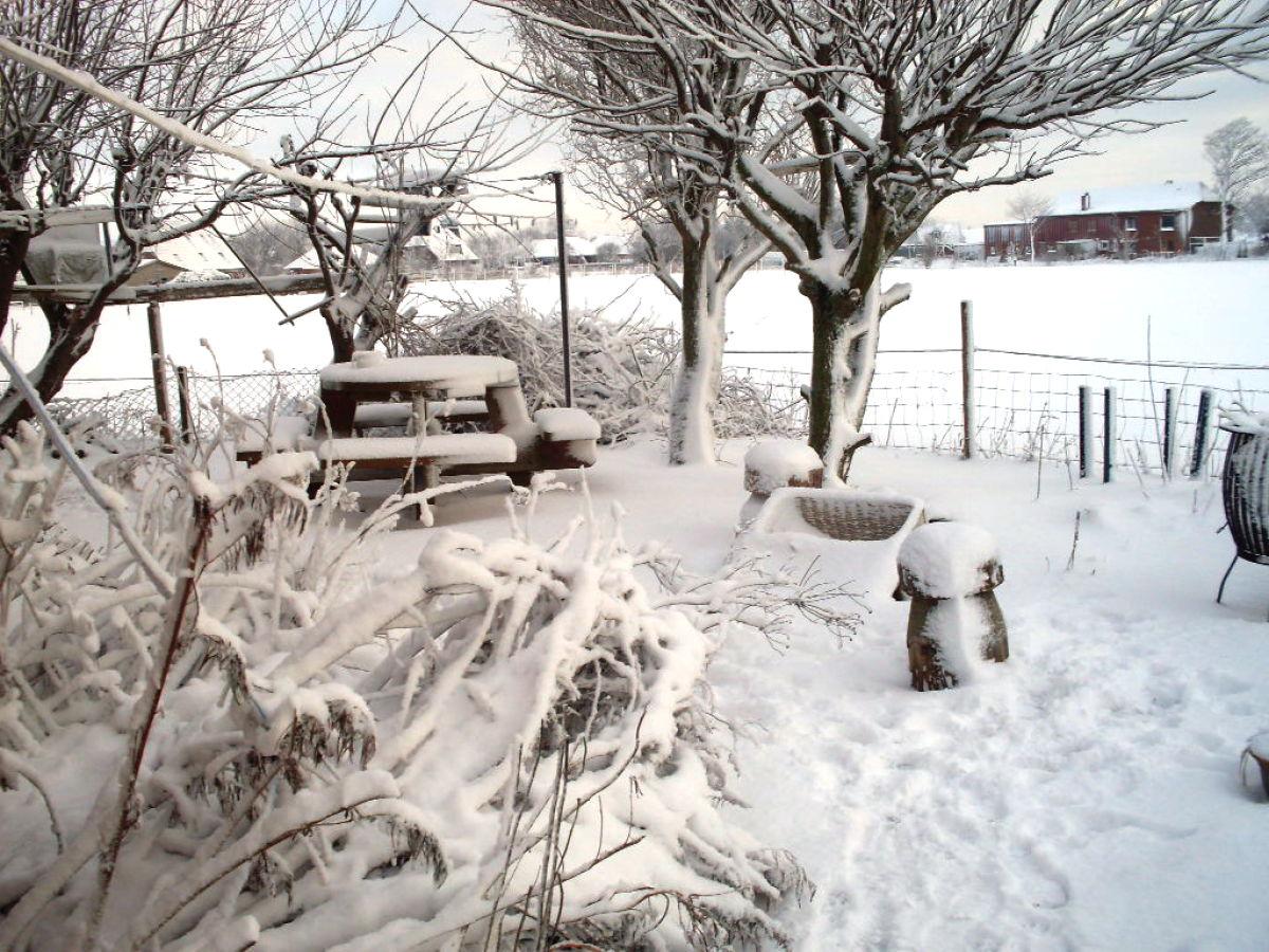 Ferienwohnung lauff nordfriesland frau reinhild lauff - Garten im winter ...