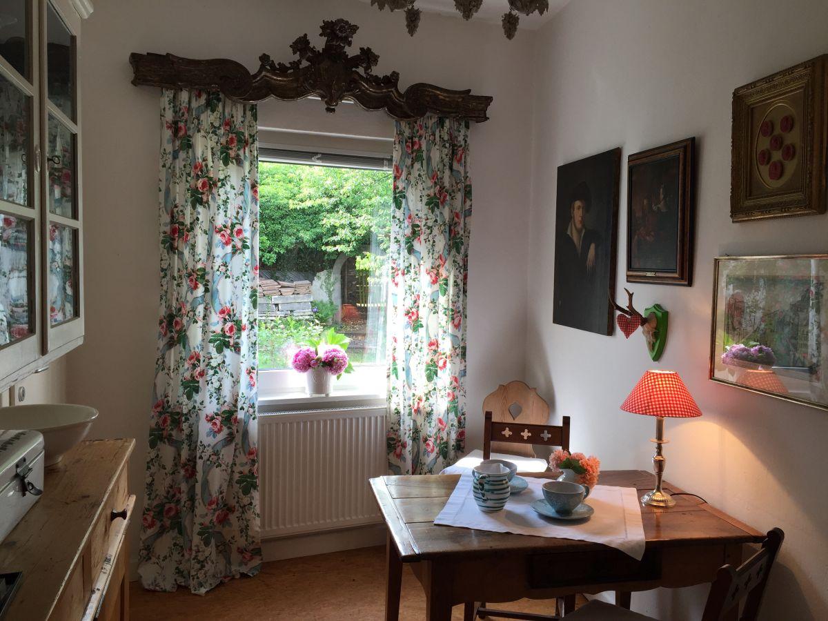 ferienhaus torhaus mittelmosel benedikt u selma korth. Black Bedroom Furniture Sets. Home Design Ideas