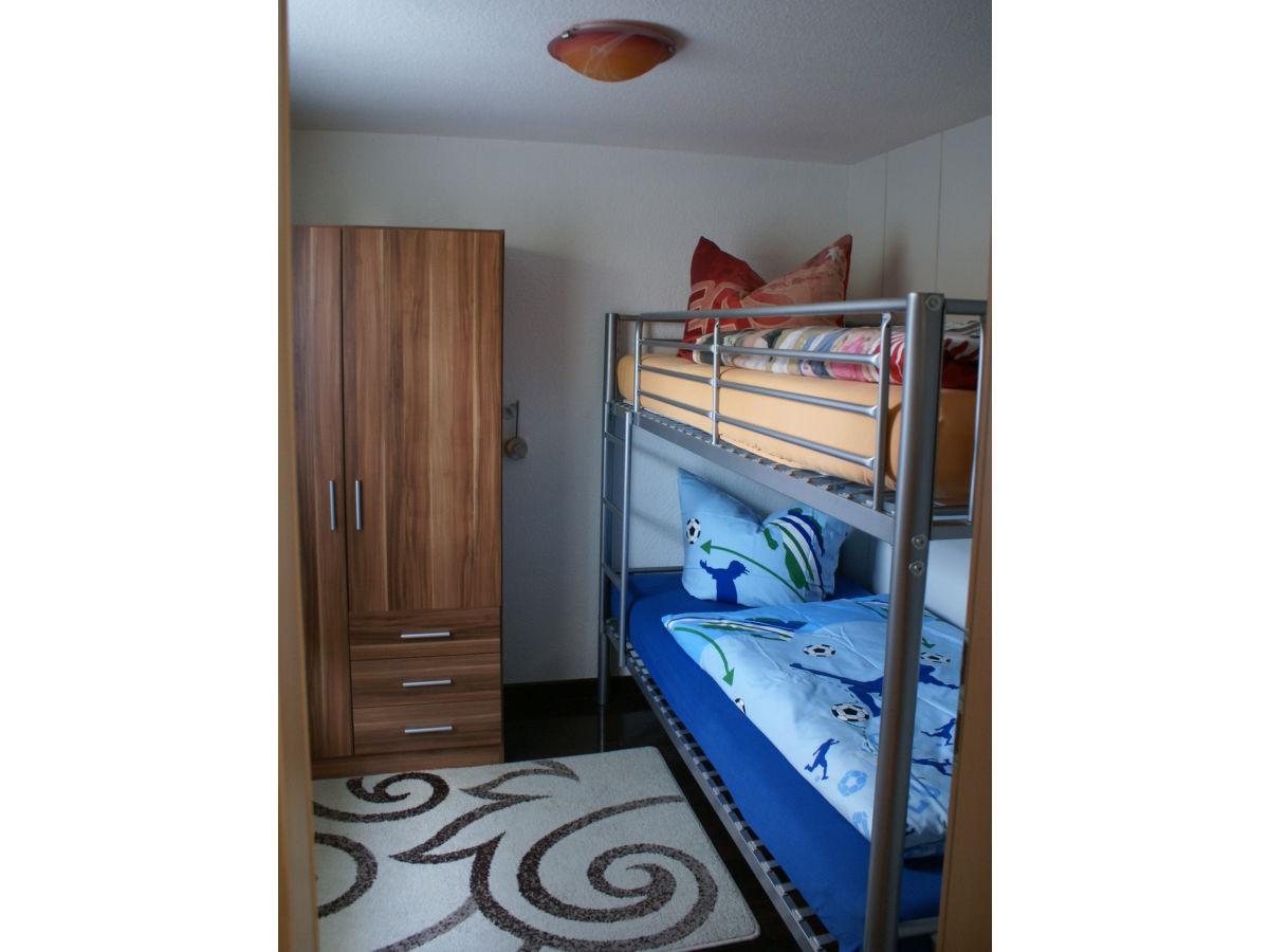 ferienhaus kaulsdorf kaulsdorf berlin familie heidi. Black Bedroom Furniture Sets. Home Design Ideas