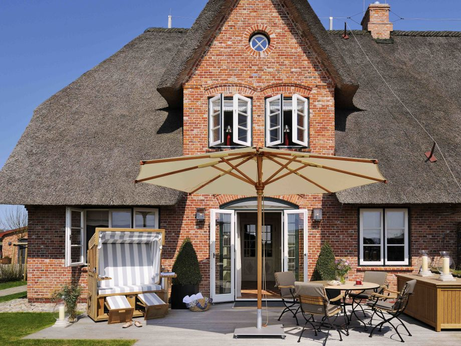Ferienhaus Senhoog - Neubau unter Reet