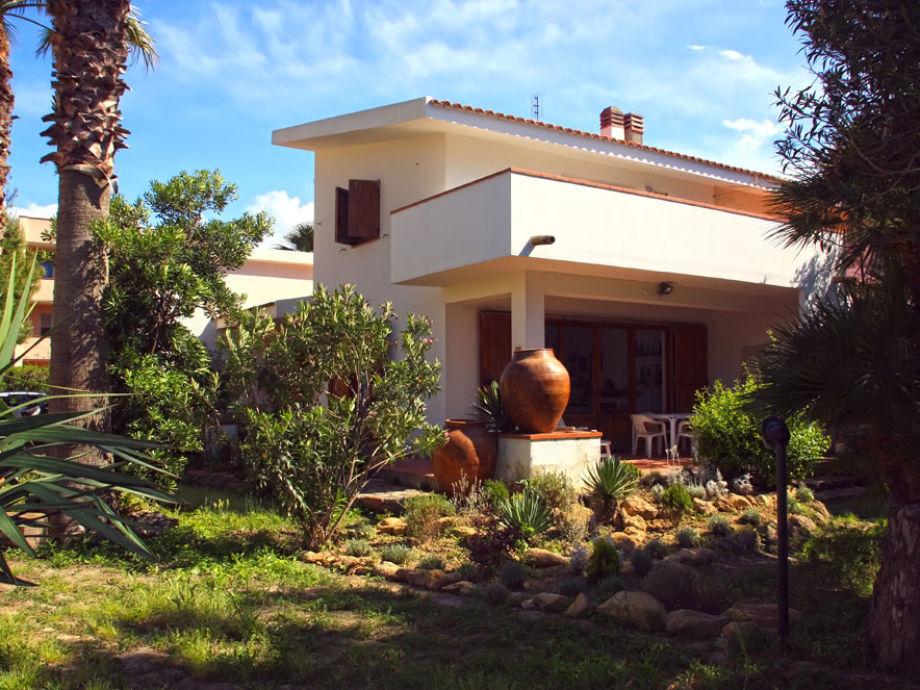 Der Garten und die Villa sul mare