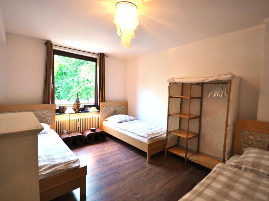 g stetr ume apartment bali bremen peterswerder firma g stetr ume in peterswerder frau. Black Bedroom Furniture Sets. Home Design Ideas
