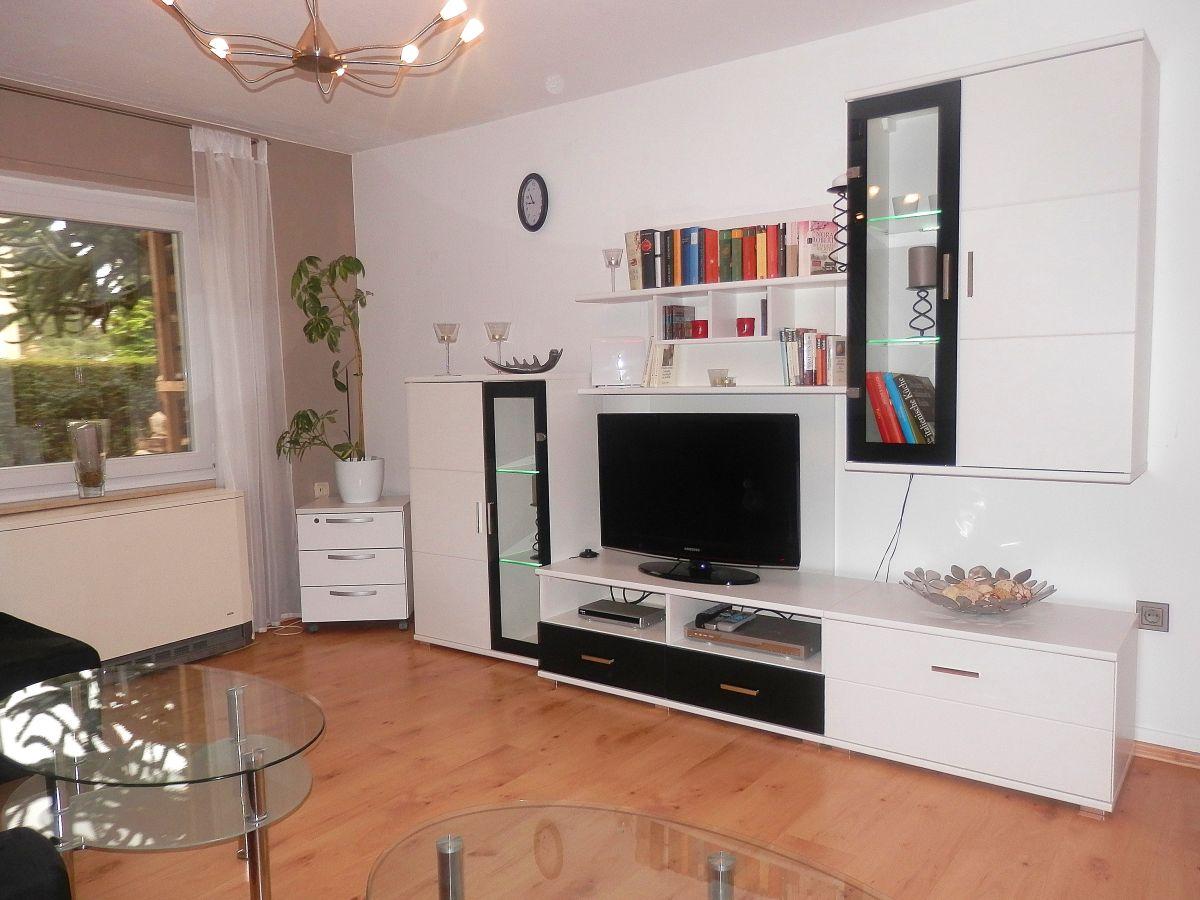 Ferienwohnung idylle nahe limburg lahn limburg an der for Wohnwand mit tv