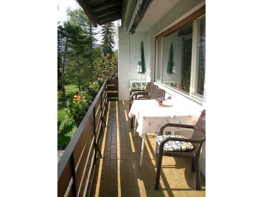 Ferienwohnung haus renn berchtesgadener land firma for Markise balkon mit tapeten von hammer