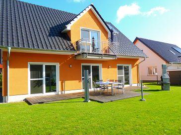 Haus Müritzsonne / Luxus-EG-Ferienwohnung