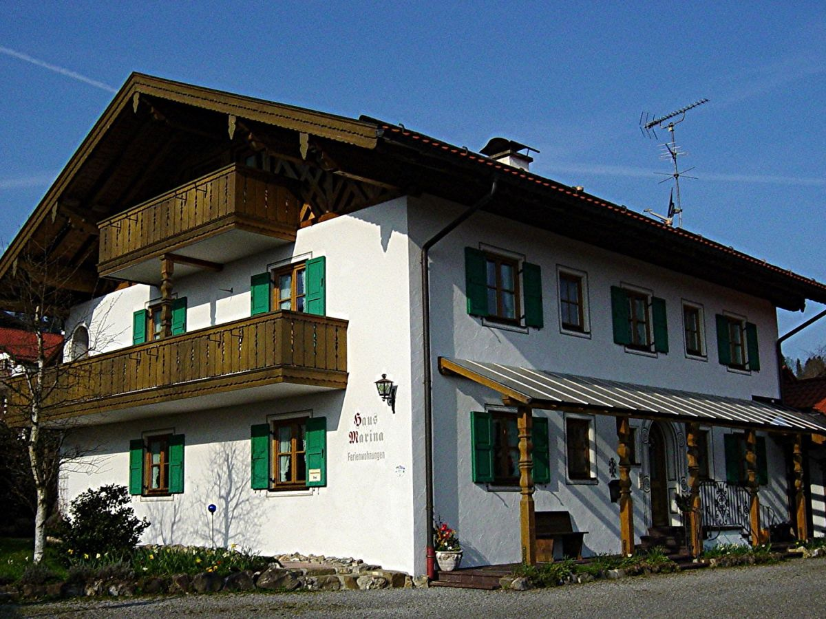 ferienwohnung haus marina bad kohlgrub ammergauer alpen. Black Bedroom Furniture Sets. Home Design Ideas