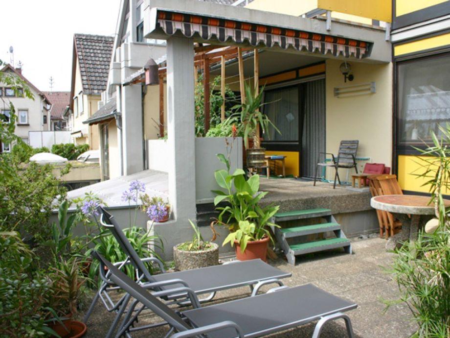 Große Terrasse zum Sonnen, Grillen, ideal für Haustiere