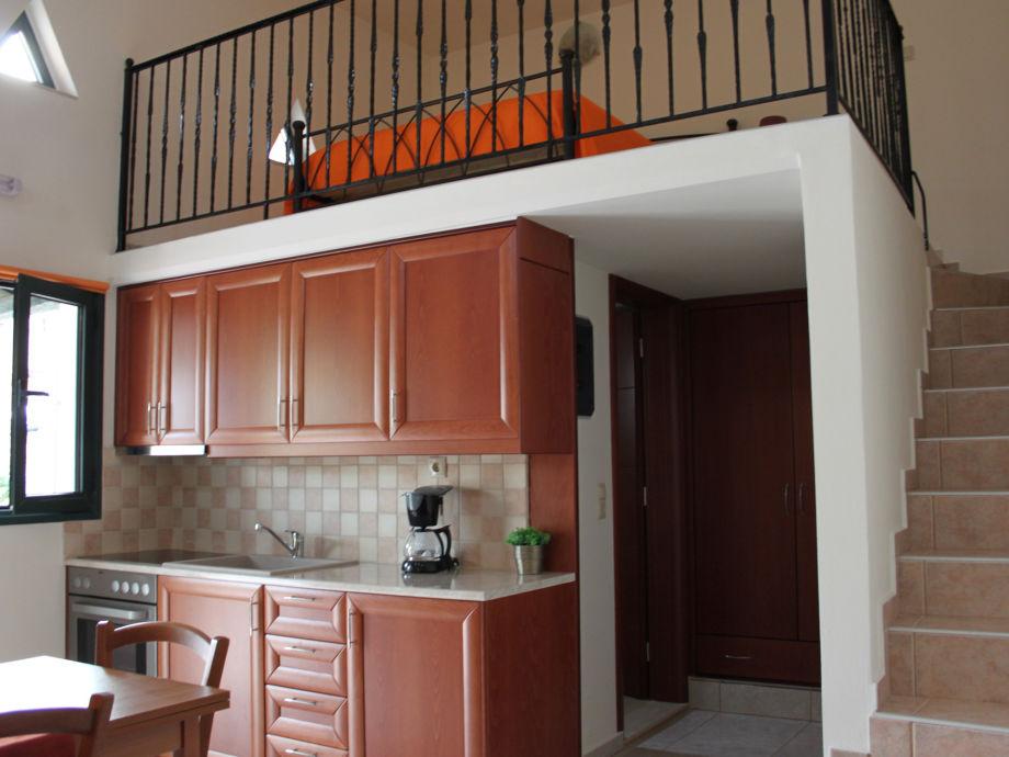 ferienwohnung vrisanos 2 bucht von messara kreta frau aphrodite andrianaki. Black Bedroom Furniture Sets. Home Design Ideas