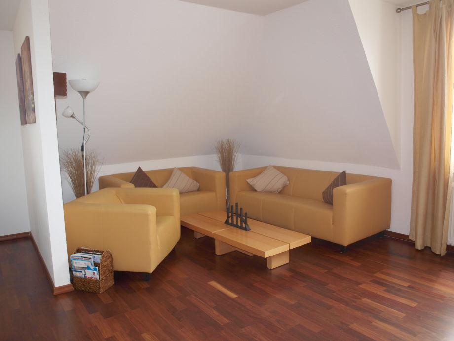 Wohnbereich mit Sitzecke - sehr hochwertige Möbel