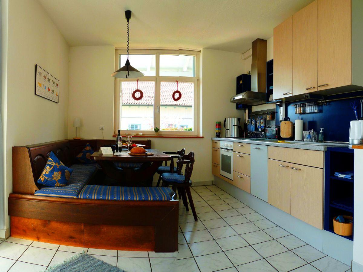 ferienwohnung zwischen ammersee und lech ammersee oberbayern frau sylvia mangold. Black Bedroom Furniture Sets. Home Design Ideas