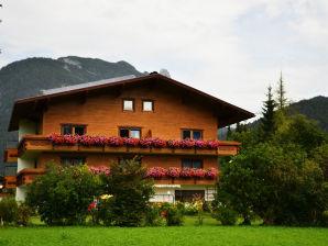 Ferienwohnung im Ferienhaus Katrin