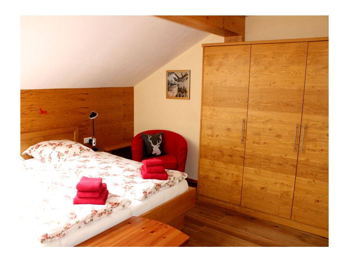 apartment rotwild bayerische alpen chiemgau ruhpolding firma chiemgau urlaubsdomizil e k. Black Bedroom Furniture Sets. Home Design Ideas