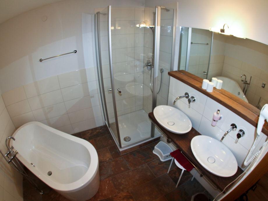 apartment rotwild bayerische alpen chiemgau. Black Bedroom Furniture Sets. Home Design Ideas