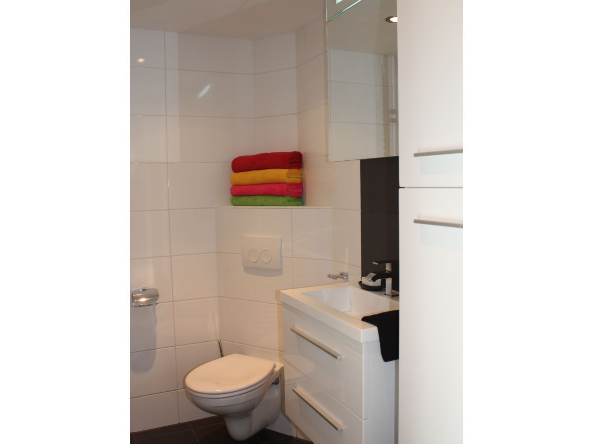 ferienwohnung de schutse bergen nordholland firma. Black Bedroom Furniture Sets. Home Design Ideas