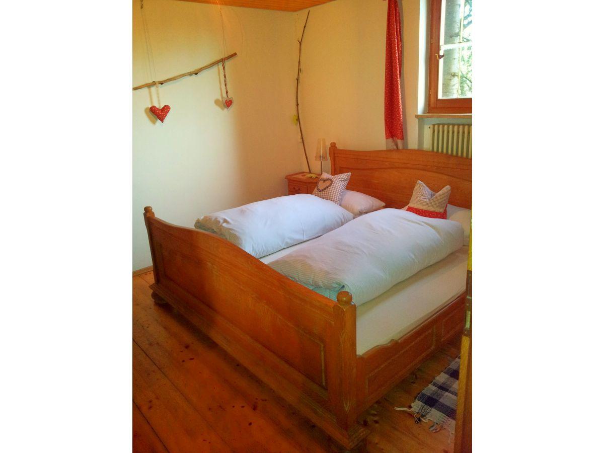 ferienwohnung im landhaus in der hohen eich altes forsthaus bodensee linzgau frau. Black Bedroom Furniture Sets. Home Design Ideas