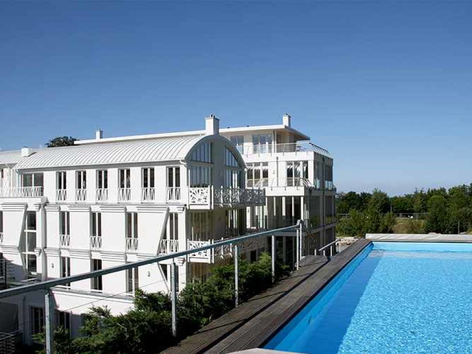 Hauseigener Swimming- Pool