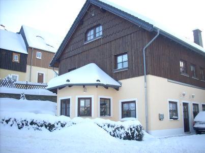 am Schloss Lauenstein