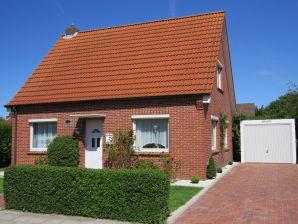 """Ferienhaus """"Feldpfad"""" 2012 freistehend in exklusiver Lage mit Garten, kinderfreundlich"""