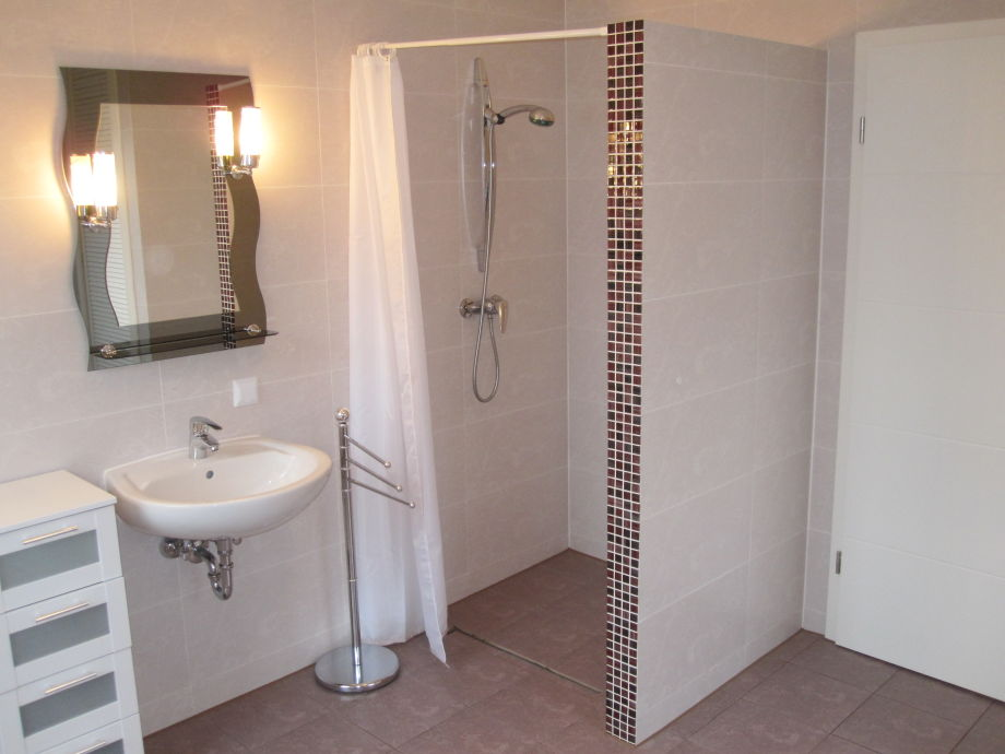 ferienhaus feldpfad 2012 freistehend in exklusiver lage mit garten kinderfreundlich norden. Black Bedroom Furniture Sets. Home Design Ideas