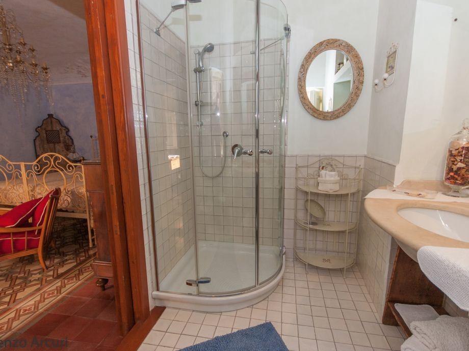 Dusche Im Schlafzimmer ferienwohnung quot marlene quot sizilien syrakus ortigia firma syrakus homes herr vincenzo arcuri