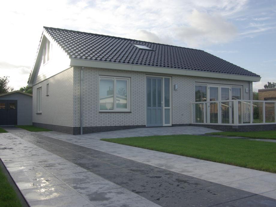villa orchis 27 julianadorp aan zee firma bungalowpark noordzee b ckmann komen vof. Black Bedroom Furniture Sets. Home Design Ideas