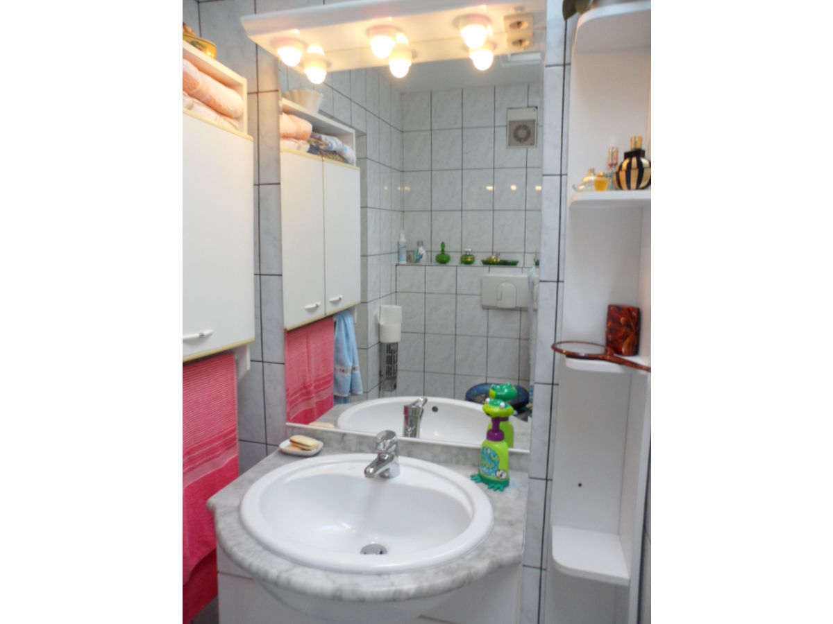 ferienhaus christa m hnesee sauerland frau christa viegener. Black Bedroom Furniture Sets. Home Design Ideas