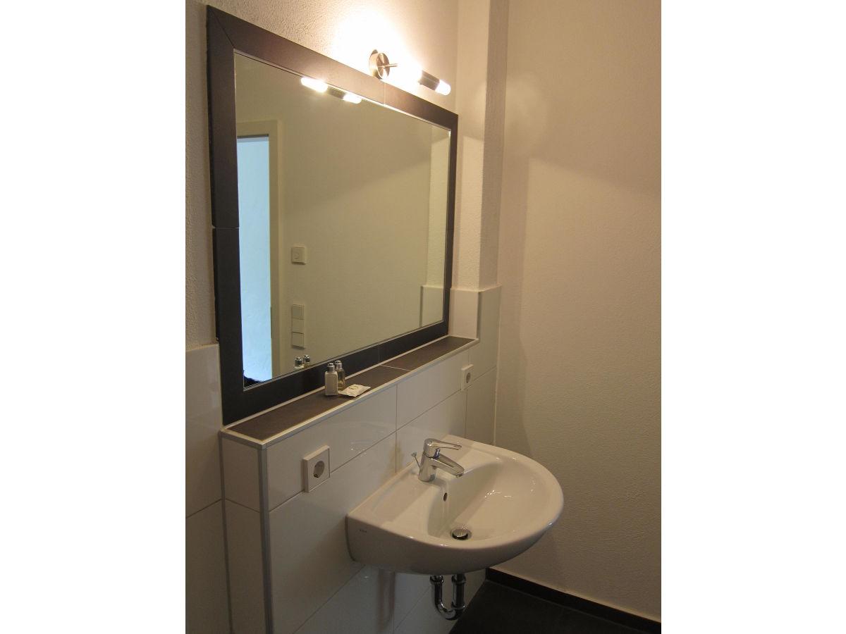 apartment stuttgart am hasenberg baden w rttemberg stuttgart umgebung stuttgart herr. Black Bedroom Furniture Sets. Home Design Ideas