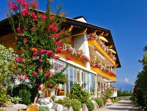 Ferienwohnung 4 in der Residence Kronstein Tisens