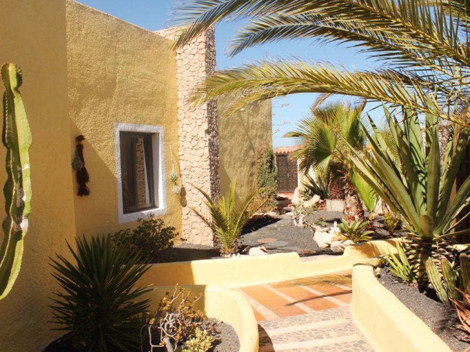Außenbereich der Ferienwohnung Apartamento Amarillo