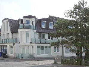 """Ferienwohnung Wohnung EG rechts im Haus """"Kapitänseck"""""""