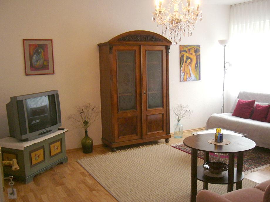 Ihr Wohnzimmer Mit TV