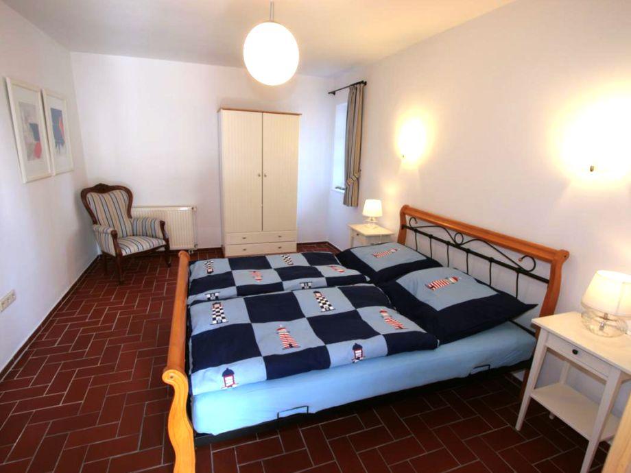 ferienwohnung ankerplatz im landhaus greetsiel am hafen greetsiel nordsee ostfriesland. Black Bedroom Furniture Sets. Home Design Ideas