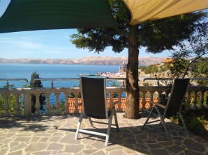 Holiday apartment Velebit mit Meerblick