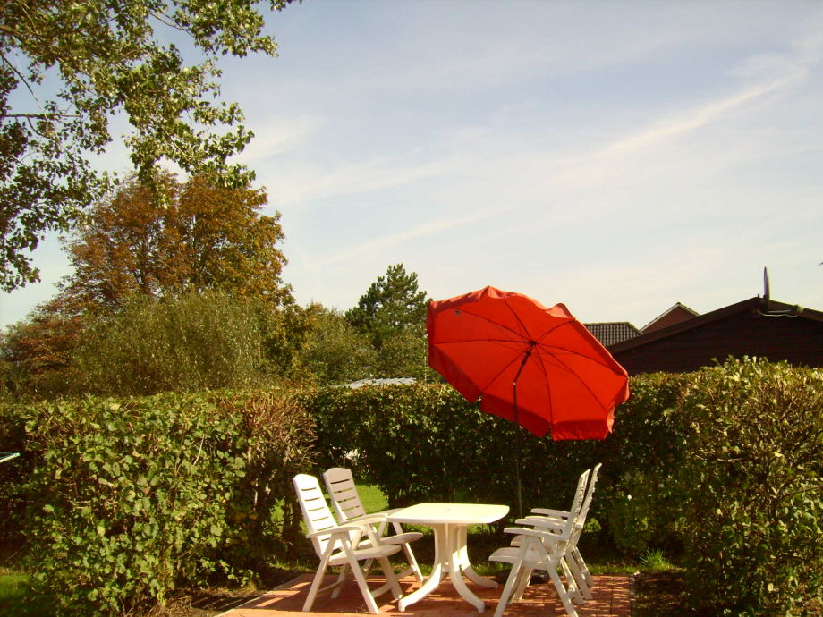 ferienwohnung 1 im haus am teich altharlingersiel nordsee ostfriesland firma. Black Bedroom Furniture Sets. Home Design Ideas
