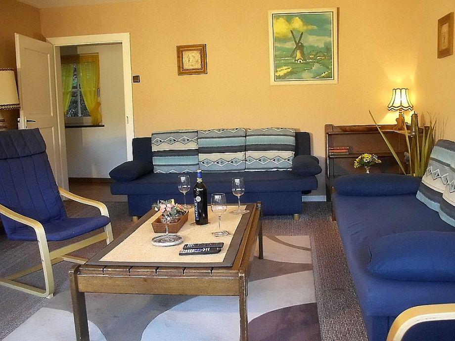 ferienwohnung im obergeschoss des ferienhauses demberg sauerland schmallenberg oberkirchen. Black Bedroom Furniture Sets. Home Design Ideas