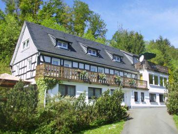 Ferienwohnung im Obergeschoss des Ferienhauses Demberg