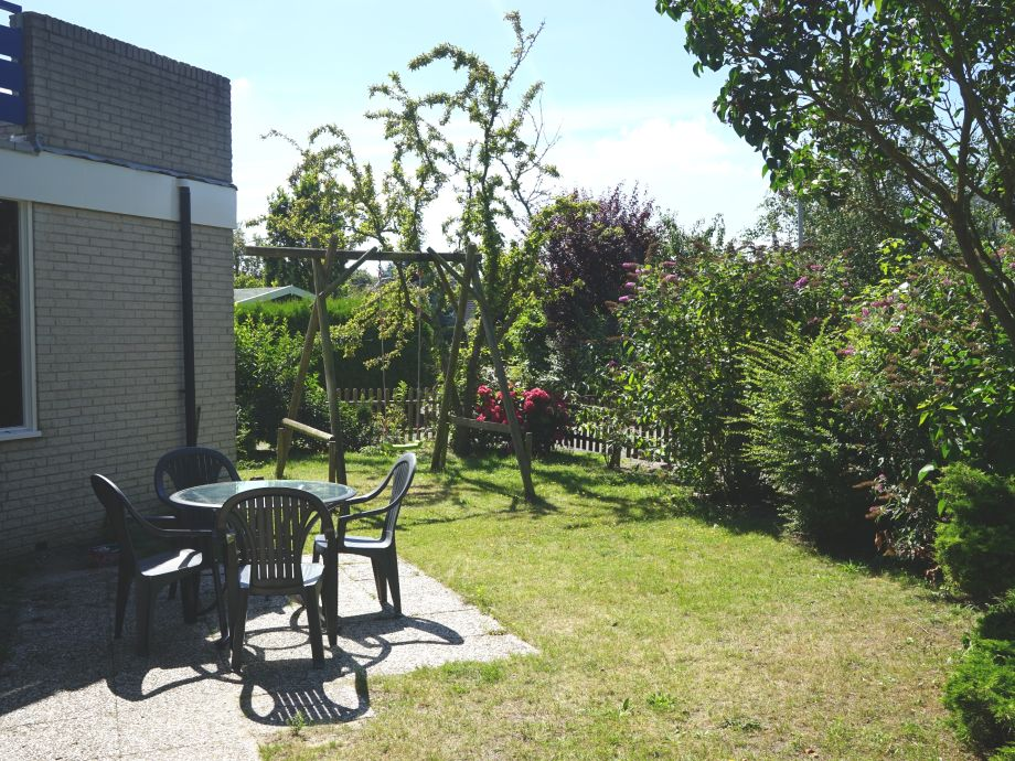 ferienhaus haringvliet 79 noordzeepark s d holland ouddorp firma ouddorp connection frau. Black Bedroom Furniture Sets. Home Design Ideas