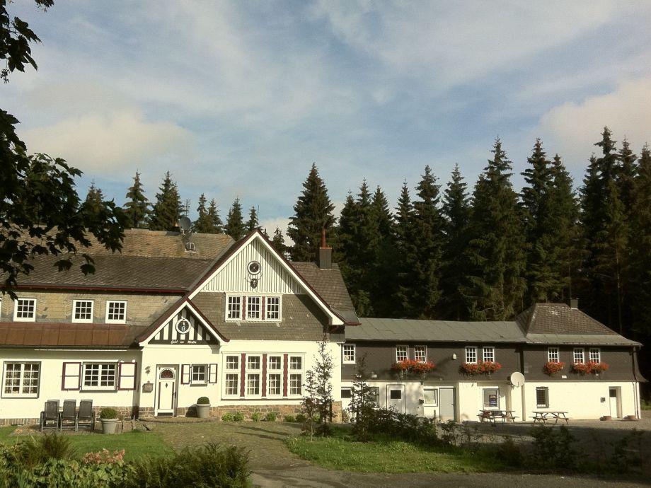 Ferienhaus Schneider (rechter Teil) / Haus am Walde