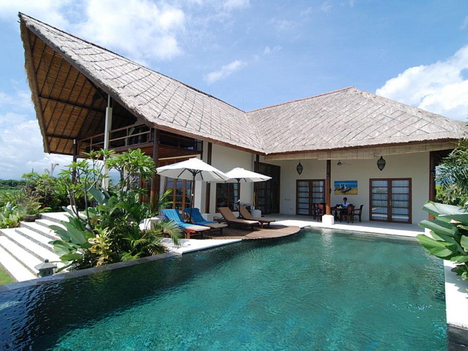 Der luxuriöse Poolbereich