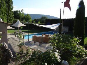 Ferienhaus Provence Luberon Les Cerisiers mit Pool