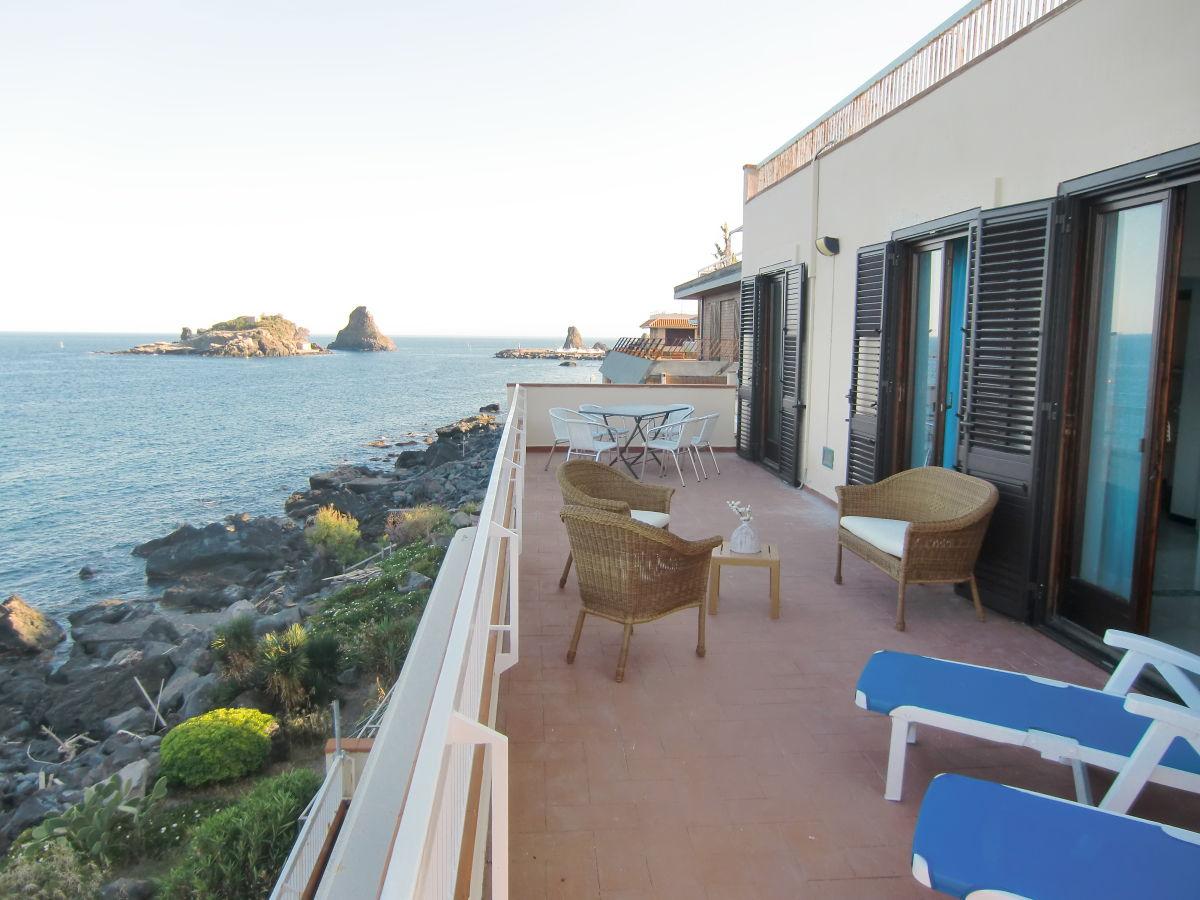 Ferienwohnung Sizilien Taormina apartment haus des zyklopen sizilien ostkueste catania taormina