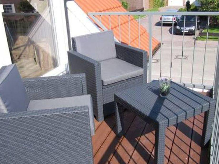 Balkon mit Sitzmöglichkeiten