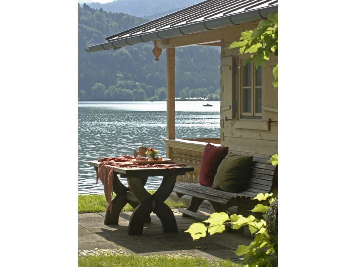 apartment lechner am see schlierseestube oberbayern tegernsee schliersee schliersee firma. Black Bedroom Furniture Sets. Home Design Ideas