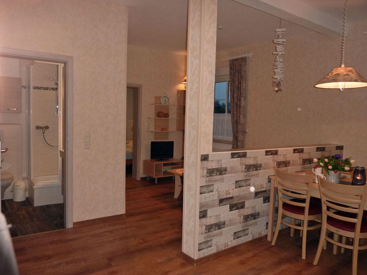 ferienwohnung 5 auf dem bauernhof kastanienhof ostsee. Black Bedroom Furniture Sets. Home Design Ideas