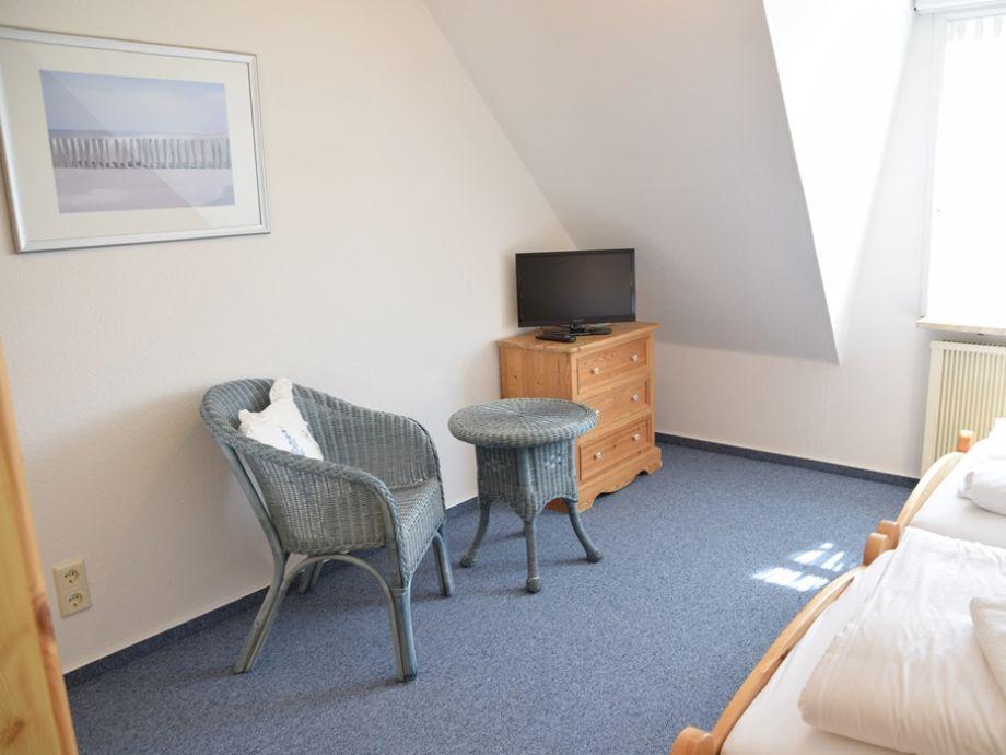 ferienhaus dirksstr 44b in tinnum tinnum sylt nordsee firma gb sylt gmbh herr ulrich mitza. Black Bedroom Furniture Sets. Home Design Ideas