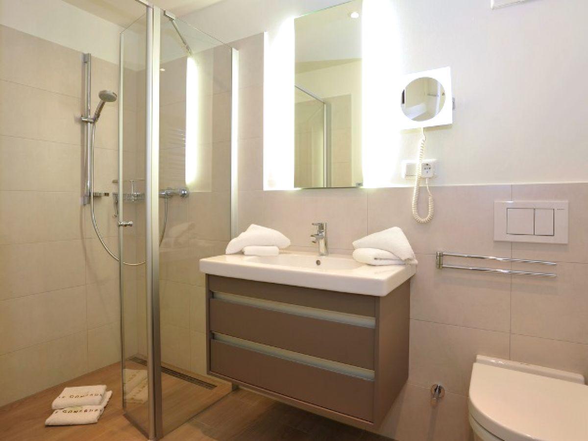 ferienwohnung viktoriastr 6 w19 v residenz westerland sylt nordsee firma gb sylt gmbh. Black Bedroom Furniture Sets. Home Design Ideas