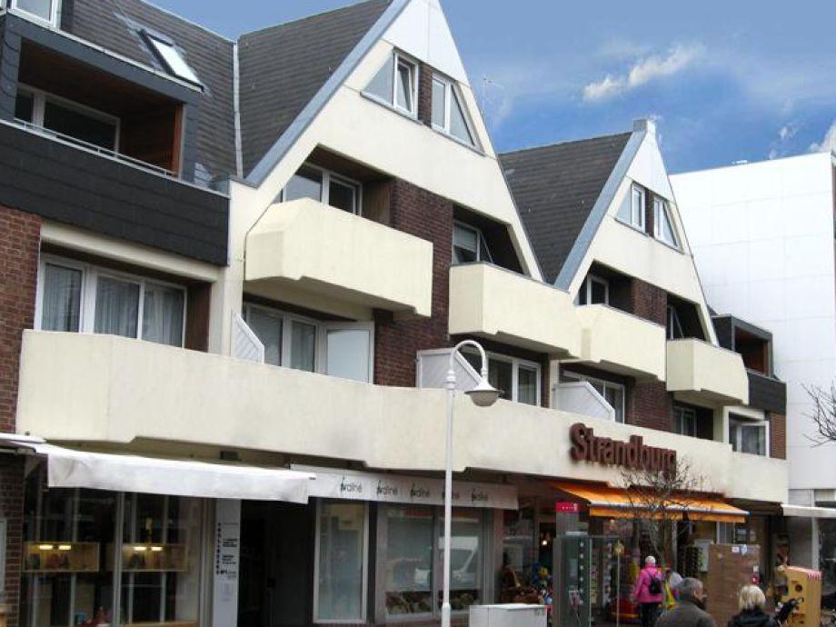 Die Strandburg ist in zentraler Lage in Westerland