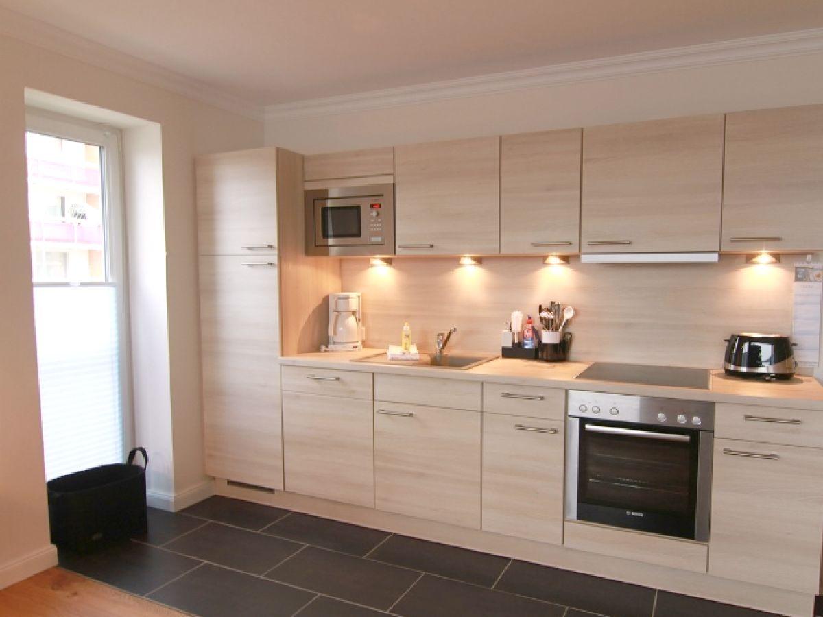 ferienwohnung brandenburger str 5b w6 westerland sylt. Black Bedroom Furniture Sets. Home Design Ideas