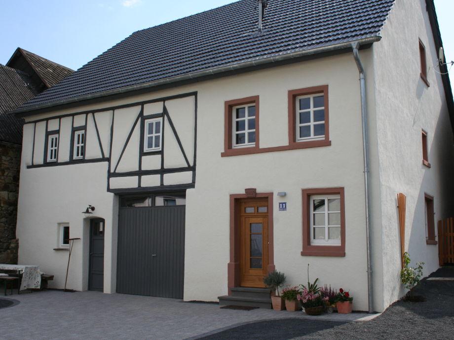 Außenaufnahme Bauernhaus in der Bachstraße