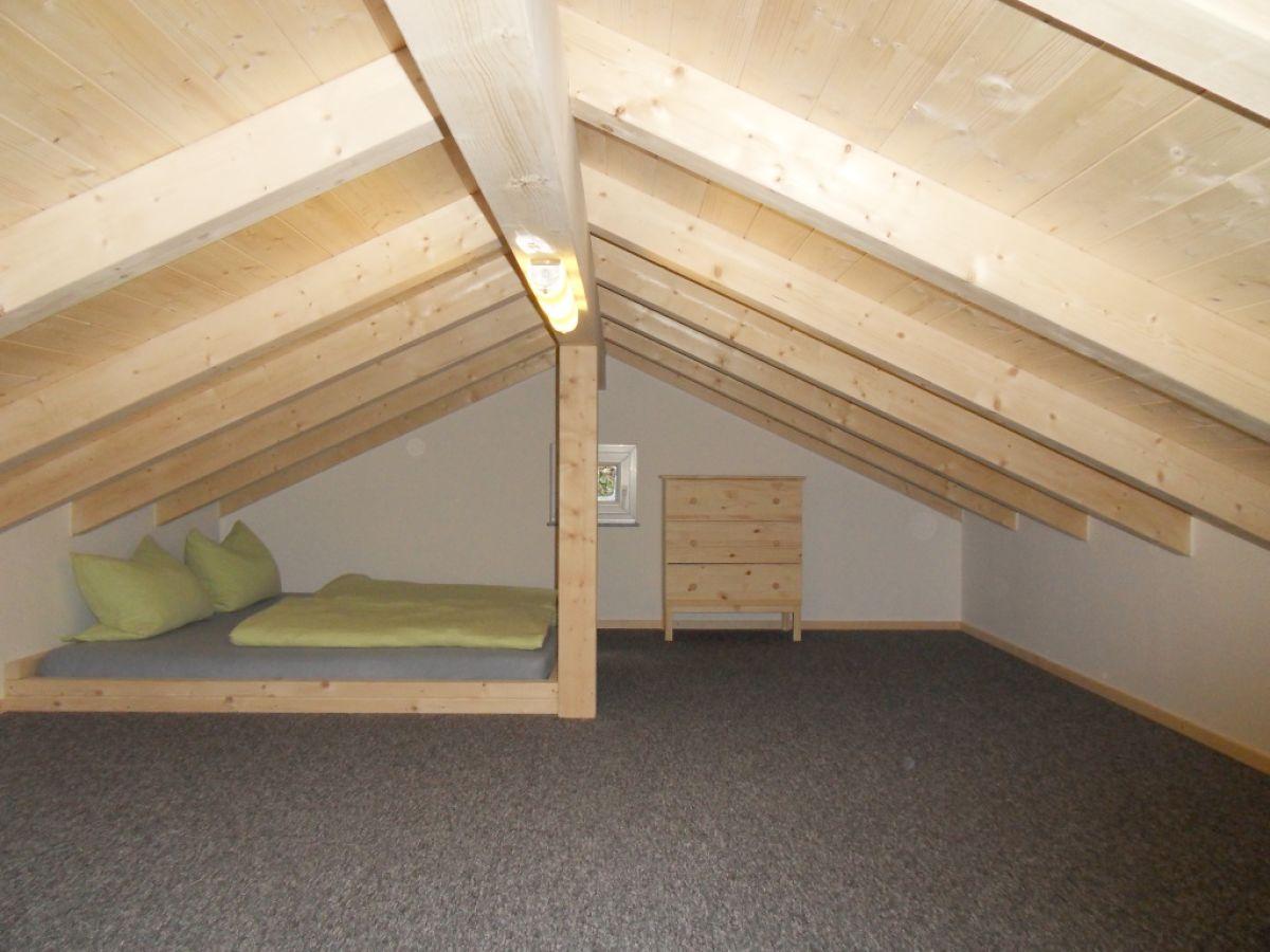 ferienhaus claudia koch altm hltal riedenburg frau. Black Bedroom Furniture Sets. Home Design Ideas